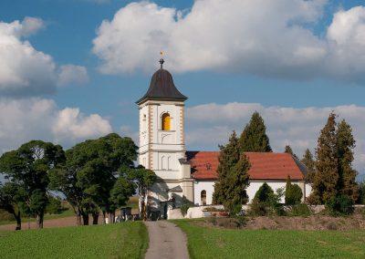 Kostel Klášter nad Dědinou